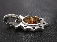 馬蹄琥珀ペンダントヘッド ~Amber horseshoe~
